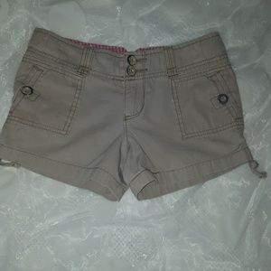 Other - Girls khaki shorts